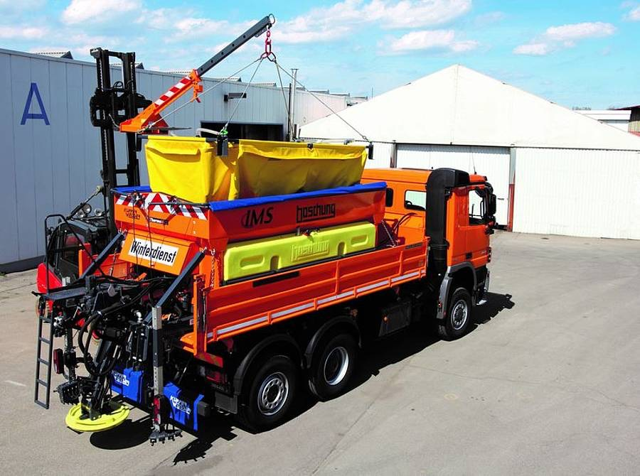 Schutzplanen für Sähmaschinen und Streuwagen